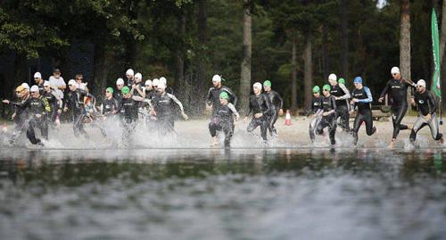 DAGS IGEN F�r �ttonde �ret i rad arrangeras K�ringsund Triathlon i Ecker�.