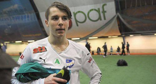 LANDSLAGSDEBUT Joel Mattsson f�r g�ra sina f�rsta juniorlandskamper i september.