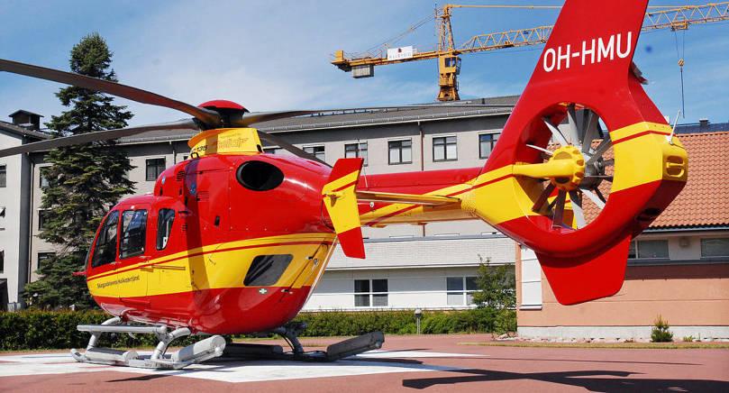 NÖDLÄGE Ifjol gjordes 92 utryckningar med helikoptern till skärgården på ambulansuppdrag. Totalt gjordes cirka 2500 utryckningar av alla ambulansfordon.