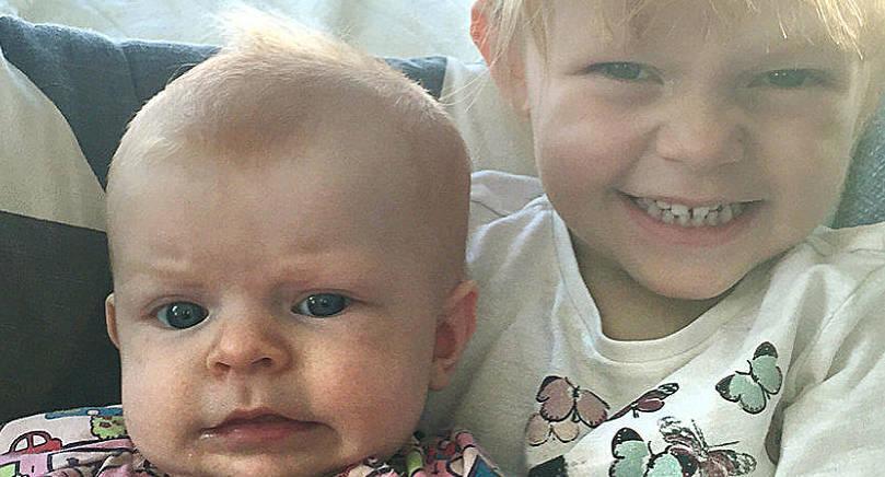 Lovina Karlsson fick en lillasyster den 7 juni. Vid födseln vägde babyn 3340 gram och var 50 cm lång. Föräldrarna heter Camilla Lindberg och Tobias Karlsson. Familjen bor i Lemland.