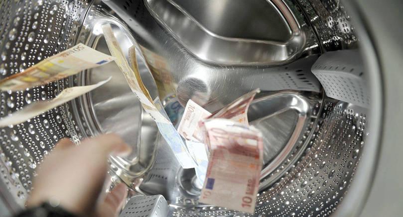 STRIKTARE KONTROLL EU:s nya penningtvättsdirektiv innebär bland annat att spelbolagen åläggs att göra ännu noggrannare kontroller än tidigare.