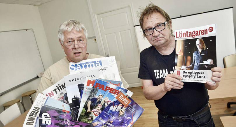 OBALANS Fackcentralen FFC ger ut en uppsjö av olika medlemsförbundstidningar på finska men bara en på svenska, Löntagaren som nu hotas av nedläggning. Ombudsman Henrik Lagerberg (till vänster) och Ålands lokalorganisations ordförande Sturle Fjäder är bekymrade.