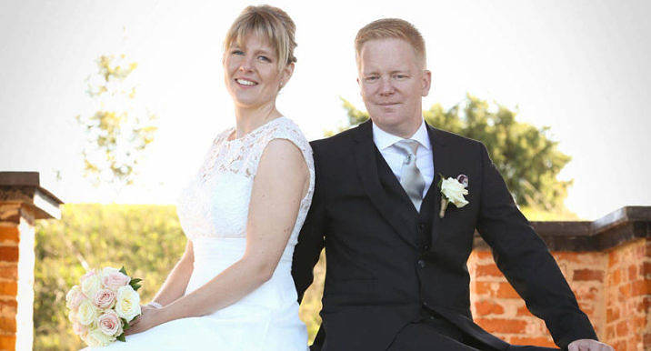 Josephine Eriksson och Jan Aalto i Sund Finby vigdes den 17 september i Jomala kyrka. Det gemensamma efternamnet blir Aalto. Vigselförrättare var församlingspastor Maria Widén.