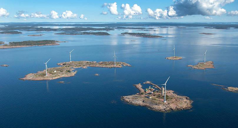 FRAMTIDSPLANER Allwinds vd Henrik Lindqvist vill bygga solpaneler och ett batterilager på gruvön i Båtskärsarkipelagen för att få fart på arbetet som har hållbar energiproduktion som mål.