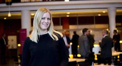 BOOST Susanne Olofsson vill ge nya företagare en boost. Hon representerade Ålands näringsliv som fanns på plats under onsdagens kapitalmarknadsdag i Alandica, som ordnades av Ålands utvecklings ab.