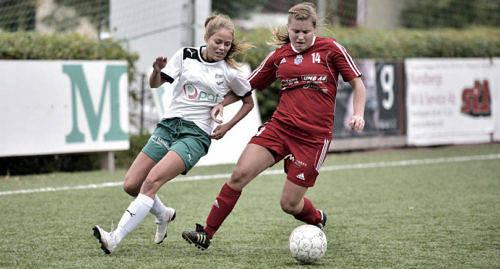 FORTSÄTTER I SVERIGE IFK:s representationslag på damsidan fortsätter i Upplandsserien och flyttar därmed inte över till det finska seriesystemet.