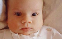 Lovis Bella Ottilia Boström föddes den 20 januari klockan 05.30. Hon vägde 3¿420 gram och var 50,5 centimeter lång. Föräldrarna heter Sandra Boström och Fredrik Lönnqvist. Familjen bor i Lemland, Järsö.