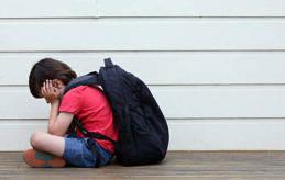 MERA JÄMSTÄLLDHETSUNDERVISNING Landskapsregeringen har lovat att ta krafttag mot mobbningen i skolorna. Om det ska bli framgångsrikt måste man få in mera jämställdhetsundervisning i skolorna. Bilden är arrangerad.