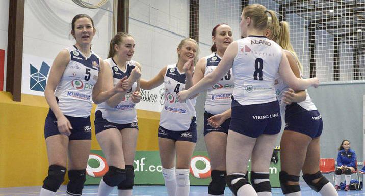 DERBYSEGER Jomala IK:s representationslag vann torsdagens derby mot föreningens B-lag i tre raka set.