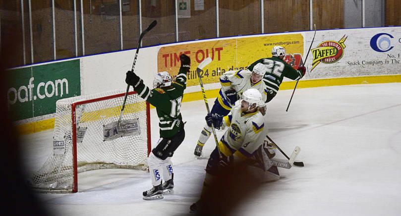 MÅLADE DIREKT 24-årige Pontus Nylén, senast i division 3-klubben HC Örnen, gjorde sin första match med IFK Mariehamn under lördagen och nätade direkt efter bara sju minuters spel.