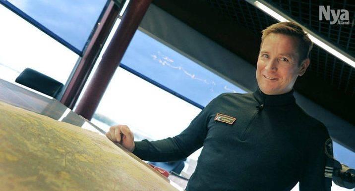 BEFORDRAS Sjöbevakningschef, premiärlöjtnant Kim Westman kan från och med i dag titulera sig kaptenslöjtnant.