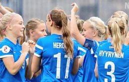 SAMLAR TRUPPERNA Finland med Adelina Engman (längst till vänster) möter Polen och Danmark i träningsmatcher.