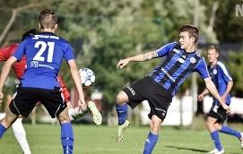 FÖLL Ted Göstas och hans FC Åland fick ge sig hemma mot SalPa i lördags.