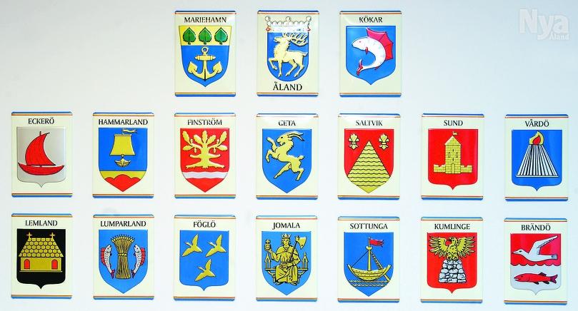 HUR MÅNGA? Hur många kommunvapen finns kvar på Åland om fem år? Och skall den/de nya stora kommunerna få nya vapen eller ta över något existerande? Frågan är kanske för tidigt väckt, men lär bli aktuell i sinom tid.