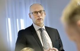 DIGITALISERAR För 2017 ser det ut att bli mer kostnader för digitalisering än under fjolåret, säger Andelsbanken på Ålands vd Johnny Nordqvist.