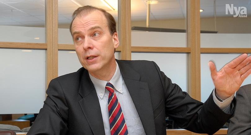 MEDGRUNDARE Ömsens vd Dan-Erik Woivalin säger att initiativet till leasing minimerar trafikskador.