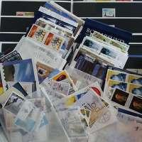 Stort parti postfriska frimärken