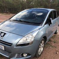 Peugeot 5008 7-sits säljes