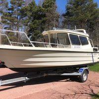 SeaStar Sportfisher 650