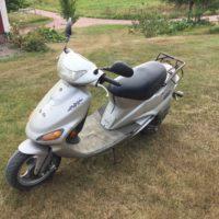 Säljes scooter Kymco Super Fever 2002